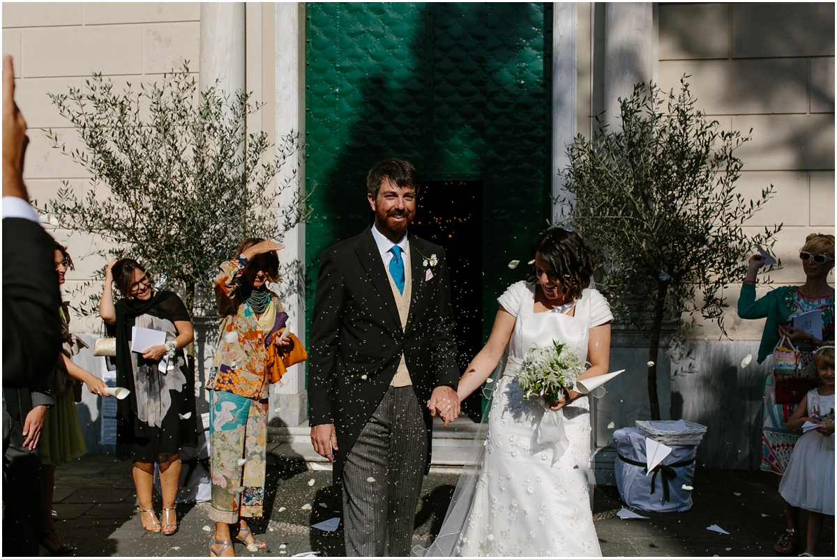 Confetti italy wedding